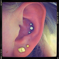 ear piercing types most popular ear piercings types in the world. Black Bedroom Furniture Sets. Home Design Ideas