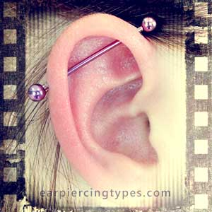 Single industrial ear piercing