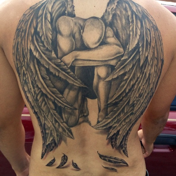 5 top coolest angel tattos on back for men 3