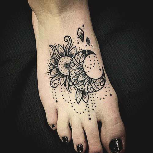 Foot Tattoo Designs for Women 9