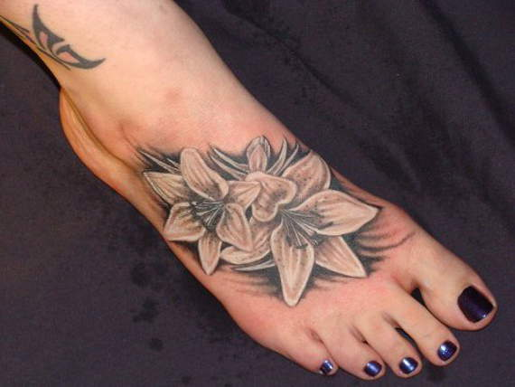 Foot Tattoo Designs for Women 3